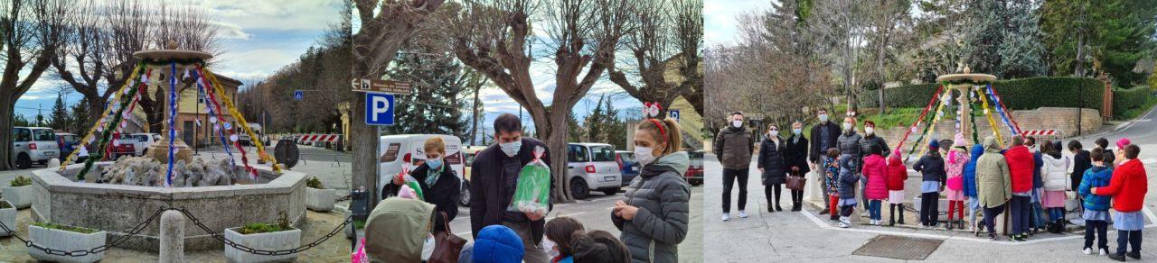 L'albero di Natale della Gentilezza nella piazza del paese di Poggio San Marcello